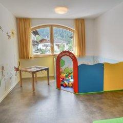 Отель Familienhotel Viktoria Монклассико детские мероприятия
