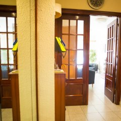 Отель Hostal Alogar Испания, Барселона - 2 отзыва об отеле, цены и фото номеров - забронировать отель Hostal Alogar онлайн развлечения
