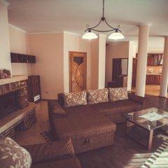 Гостиница Червона Рута Украина, Хуст - отзывы, цены и фото номеров - забронировать гостиницу Червона Рута онлайн комната для гостей фото 3