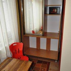 Хостел Antique Номер Эконом 2 отдельные кровати фото 11