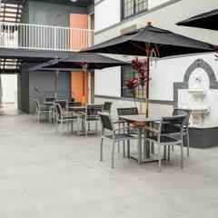 Отель Rodeway Inn Los Angeles 2* Стандартный номер с различными типами кроватей фото 3