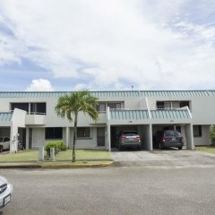 Отель Guam JAJA Guesthouse Тамунинг парковка