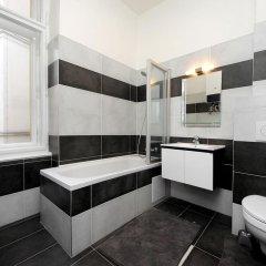 Отель Historic Centre Apartments V Чехия, Прага - отзывы, цены и фото номеров - забронировать отель Historic Centre Apartments V онлайн ванная фото 2