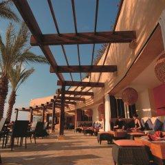 Отель Movenpick Resort & Spa Dead Sea гостиничный бар