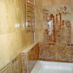 Гостиница On Komsomolskaya Apartment Беларусь, Брест - отзывы, цены и фото номеров - забронировать гостиницу On Komsomolskaya Apartment онлайн ванная фото 2