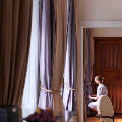 Four Seasons Hotel Gresham Palace Budapest 5* Стандартный номер с различными типами кроватей фото 8