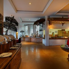 Отель Keraton Jimbaran Beach Resort интерьер отеля