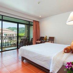 Отель Alpina Phuket Nalina Resort & Spa 4* Улучшенный номер с двуспальной кроватью фото 6