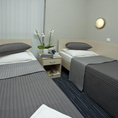 Капсульный Отель Воздушный Экспресс Шереметьево Стандартный номер 2 отдельными кровати фото 3