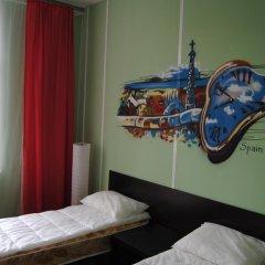 Хостел Европа Номер с общей ванной комнатой с различными типами кроватей (общая ванная комната) фото 13
