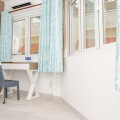 Отель LeBlanc Saigon 2* Номер Премьер с двуспальной кроватью фото 9