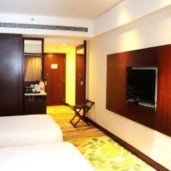 Отель Ramada by Wyndham Beijing Airport Китай, Пекин - 9 отзывов об отеле, цены и фото номеров - забронировать отель Ramada by Wyndham Beijing Airport онлайн удобства в номере фото 2