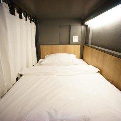 BRB Hostel Bangkok Silom Кровать в общем номере с двухъярусной кроватью фото 5