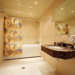 Бест Вестерн Агверан Отель 4* Стандартный семейный номер с двуспальной кроватью