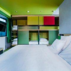 Отель Hôtel Yooma Urban Lodge 3* Стандартный семейный номер с различными типами кроватей фото 2