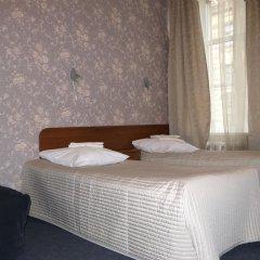 Гостиница Атмосфера на Большом Санкт-Петербург комната для гостей фото 3