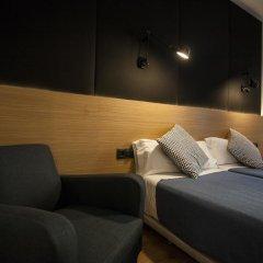 Отель Hostal CC Malasaña Улучшенный номер с различными типами кроватей фото 5