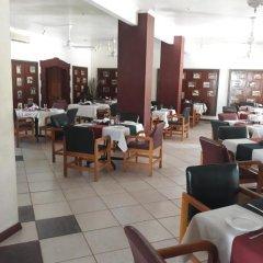 Отель Grand Eastern Hotel Фиджи, Лабаса - отзывы, цены и фото номеров - забронировать отель Grand Eastern Hotel онлайн питание