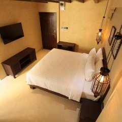 Отель Dewan Bangkok 3* Улучшенный номер с различными типами кроватей фото 12