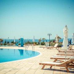 Отель Prestige Sands Resort бассейн фото 3