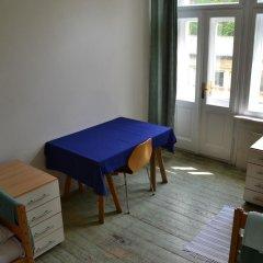 Hostel Mikoláše Alše Прага в номере
