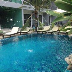 Отель Baan Phu Chalong бассейн