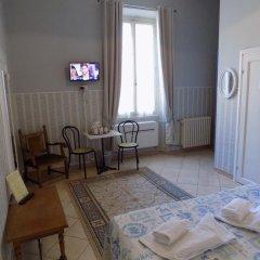 Отель Soggiorno Pitti 3* Стандартный номер с двуспальной кроватью (общая ванная комната) фото 9