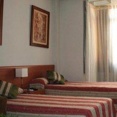 Отель Cuatro Caminos комната для гостей фото 3