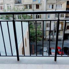 Отель Republic Square Apartments Армения, Ереван - отзывы, цены и фото номеров - забронировать отель Republic Square Apartments онлайн балкон