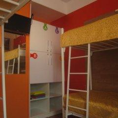 Пазл Хостел Кровать в общем номере двухъярусные кровати фото 2