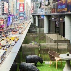 Renaissance New York Times Square Hotel 4* Стандартный номер с различными типами кроватей фото 2