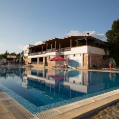 Отель Zornica Hotel Болгария, Казанлак - отзывы, цены и фото номеров - забронировать отель Zornica Hotel онлайн бассейн