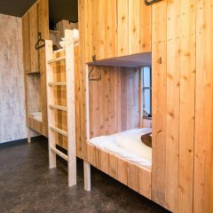 Tonagi Hostel And Cafe Кровать в общем номере фото 5