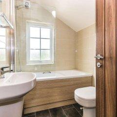 Отель Rudyard Lake Lodges ванная