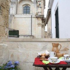 Отель Antica Dimora - Centro Storico di Lecce Лечче в номере