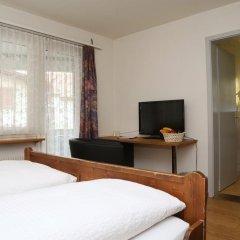 Hotel Crystal 3* Стандартный номер с двуспальной кроватью фото 2