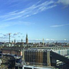 Отель Wakeup Copenhagen - Carsten Niebuhrs Gade балкон