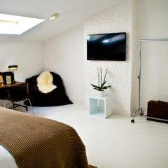Отель B&B House Ninety комната для гостей фото 5