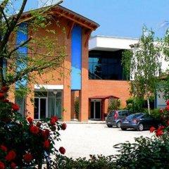 Отель Due Torri Tempesta Италия, Ноале - отзывы, цены и фото номеров - забронировать отель Due Torri Tempesta онлайн парковка