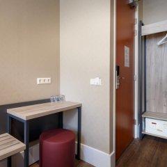 Amsterdam Downtown Hotel 2* Кровать в общем номере с двухъярусной кроватью фото 4