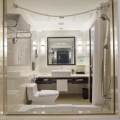 Отель Holiday Inn Macau 4* Стандартный номер с различными типами кроватей фото 2