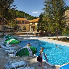 Отель Dimina Balneo SBRFRM Complex Велико Тырново бассейн фото 2