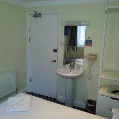 Manor Hotel 2* Стандартный номер с двуспальной кроватью (общая ванная комната) фото 3