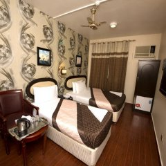 Grand Sina Hotel Стандартный семейный номер с двуспальной кроватью фото 9