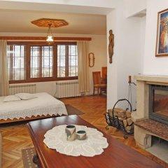 Family Hotel Varosha 2003 3* Номер Делюкс с различными типами кроватей фото 2