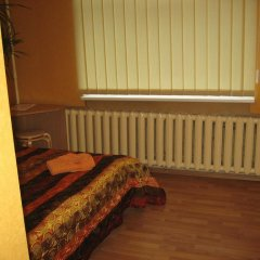 Central Park Hostel Стандартный номер с двуспальной кроватью (общая ванная комната)
