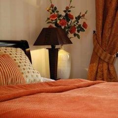 Отель SleepWalker Boutique Suites 3* Номер Делюкс с двуспальной кроватью фото 16