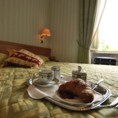 Hotel Ambrosi Фьюджи в номере