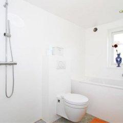Отель Big 47 Нидерланды, Абкауде - отзывы, цены и фото номеров - забронировать отель Big 47 онлайн ванная фото 2