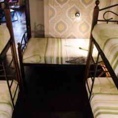 Хостел Trinity & Tours Кровать в женском общем номере фото 15